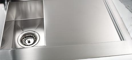 Lavelli per cucina: gioielli d\'acciaio